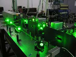 Powerful lasers, with 10-kHz repetition rate, used for the resonance ionizatation of radioactive atoms